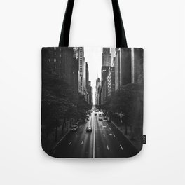 New York City (Black and White) Tote Bag