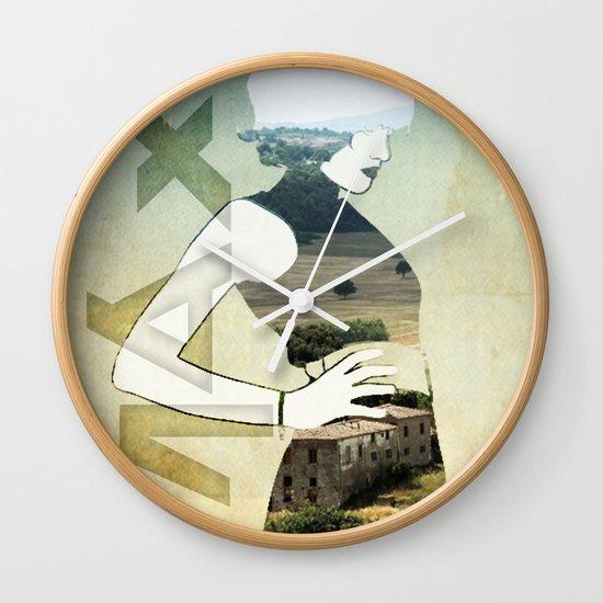 Maxii girl 02 Wall Clock