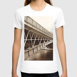Pont d'Arcole and the north tower of Notre-Dame de Paris. 1883 T-shirt