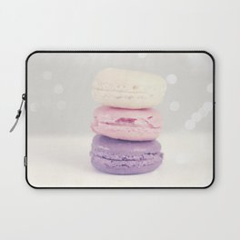 La tour de yum Laptop Sleeve