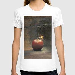 Apple bomb T-shirt