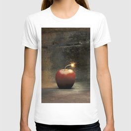 Apple bomb T-shirt