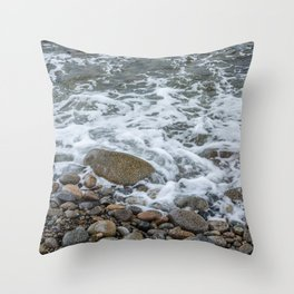 Wave washing over pebbles Throw Pillow
