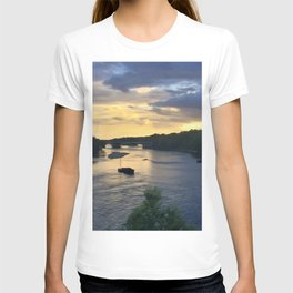 Sunset Sailing on the Loire T-shirt