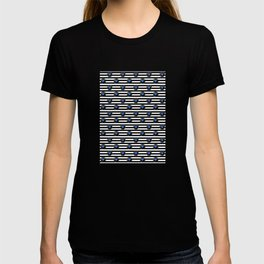Daisy Pattern - East T-shirt