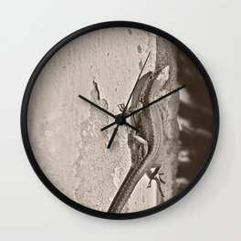 Tailing Wall Clock