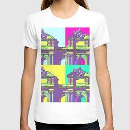 Architecture of Madrid in Pop-Art Puerta de Alcala T-shirt