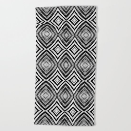 Black White Diamond Pattern Beach Towel