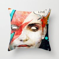 david bowie Throw Pillows featuring Ziggy Stardust/David Bowie by Ed Pires