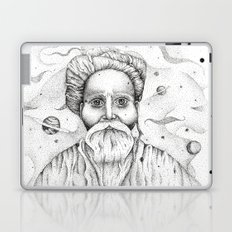 Aim for the moon, land in the stars Laptop & iPad Skin