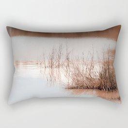 cañas  y barro Rectangular Pillow