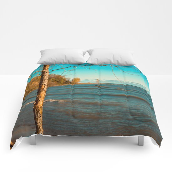 Stand Out Comforters