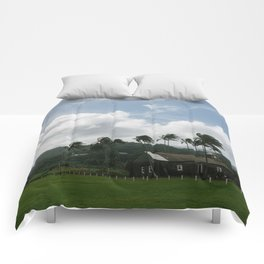 Small Town Maui Comforters