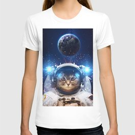 Beautiful cat in outer space T-shirt