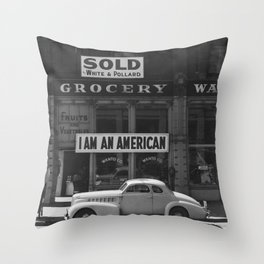 I Am An American By Dorothea Lange Throw Pillow