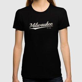 Retro Classic City of Milwaukee Wisconsin Vintage T-shirt
