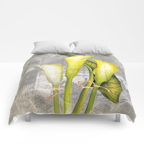 Macro Flower #8 Comforters