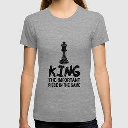 Chess Gift King Chess Game Player  T-shirt