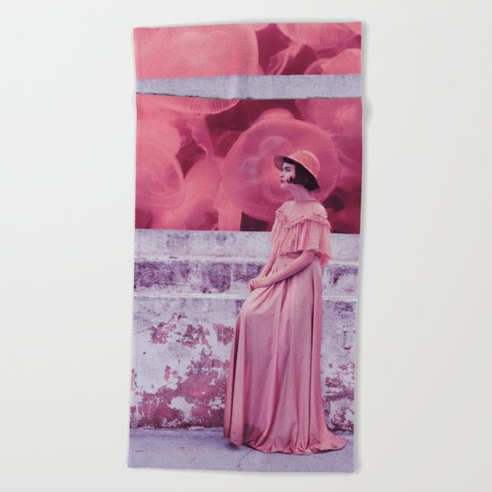 Jellypink Beach Towel
