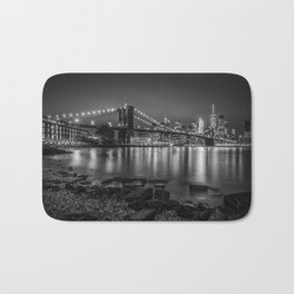 Nightly Stroll along the East River | Monochrome Bath Mat