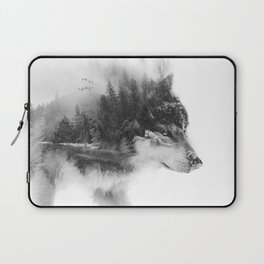 Wolf Stalking Laptop Sleeve