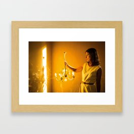 Le mystere de la chambre jaune Framed Art Print