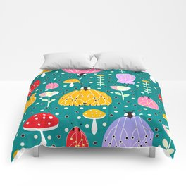 Bugs and mushrooms Comforters