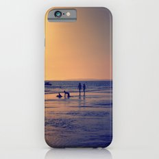 Walking by the sea iPhone 6s Slim Case
