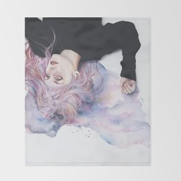 miss violence Throw Blanket