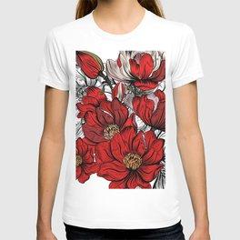 RED PEONIES PATTERN T-shirt