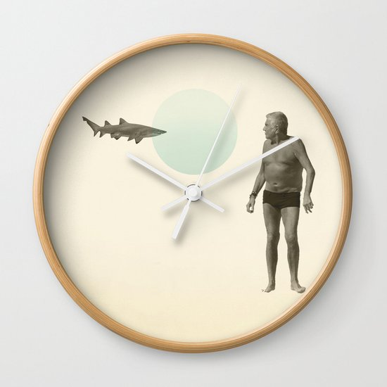shark bate Wall Clock