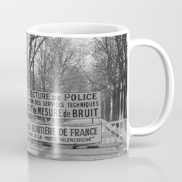 Mannen tijdens de meting, Bestanddeelnr 254 0065 Coffee Mug