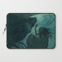 The day a mermaid found a shipwreck Laptop Sleeve