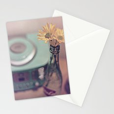 daisies with vintage radio Stationery Cards