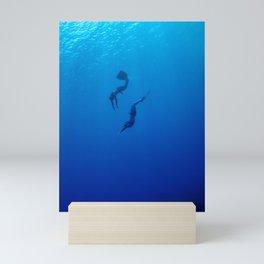The romantic simultaneous freedive into the sea depth Mini Art Print