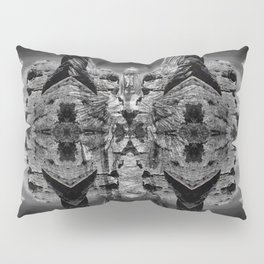 Margin Sculpture Pillow Sham