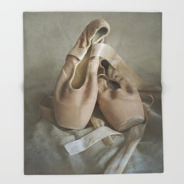 Creamy pointe ballet shoes Throw Blanket