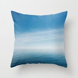 sky meets lake Throw Pillow