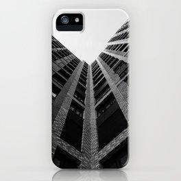 Regarder un immeuble iPhone Case