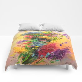A bouquet of beautiful wildflowers Comforters
