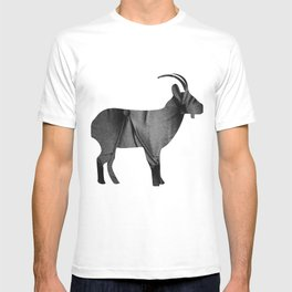 Goat (The Living Things Series) T-shirt