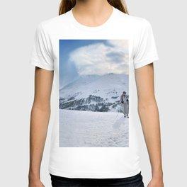 Ski Resort Mountain Landscape T-shirt