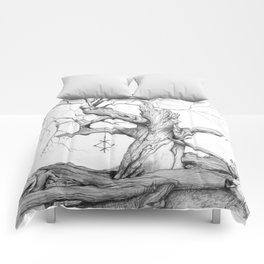 temple tree - 1000 year old oak Comforters