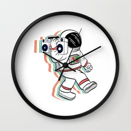 Are You A Fan Of Astronomy? An Astronaut Dreamer? Here's An Antronaut T-shirt Listening Music Radio Wall Clock