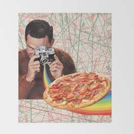 pizza obsession Throw Blanket
