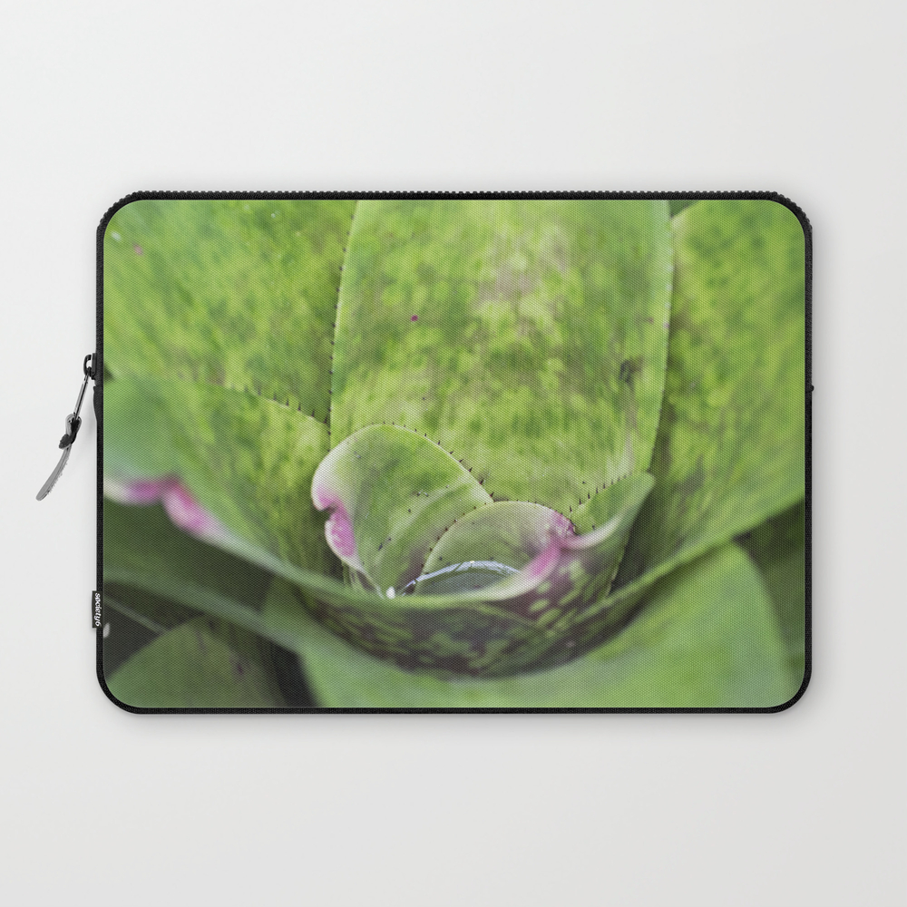 Cup A Cactus Laptop Sleeve LSV8609500