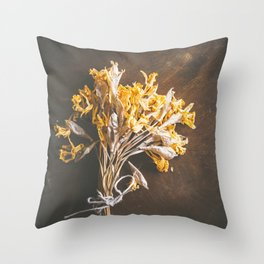 A Bunch Of Daffodils Throw Pillow
