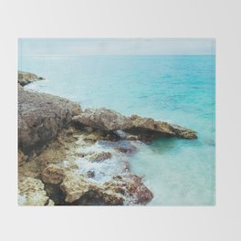 Crashing Waves Throw Blanket