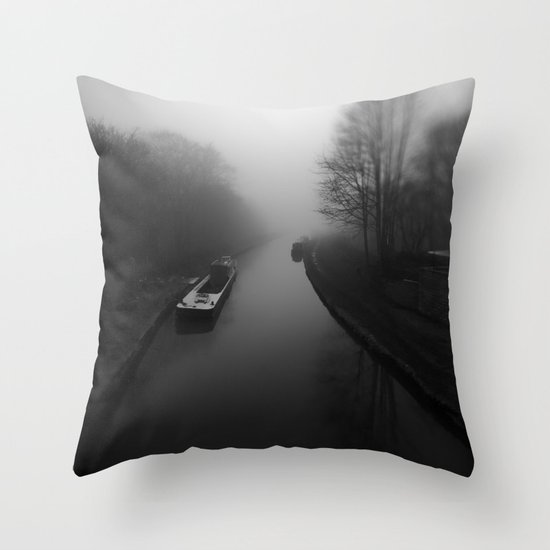 Canal fog Throw Pillow