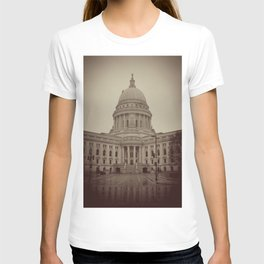 Madison Wisconsin Capital Building Architecture Sepia Photography T-shirt